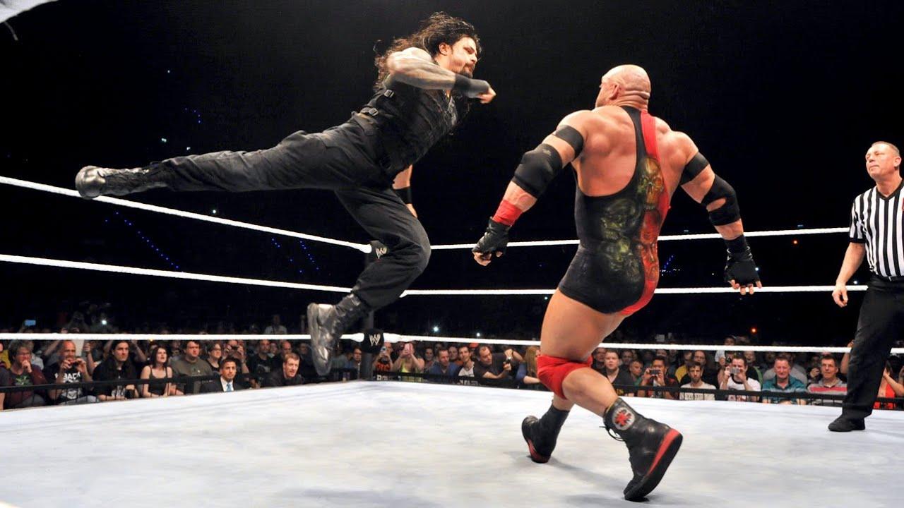 رايباك: هناك سبب وحيد يمنع WWE من تحويل رومان رينز لمكروه!