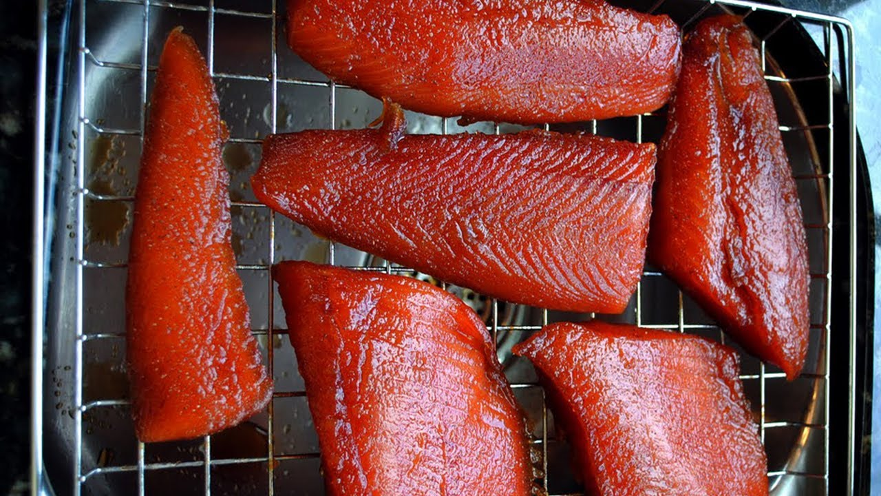 How to smoke fish in smokehouse What can smoke fish 83