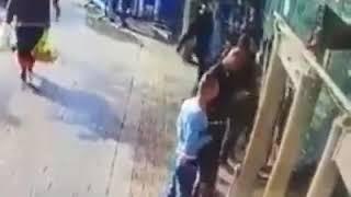 Video Detik-detik Seorang Pemuda Palestina Menikam Tentara Israel Hingga Tewas