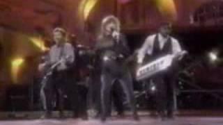 Paula Abdul - 1989 Music Award Show