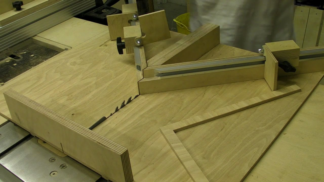 Mitre Sledge with Flip Stop - Picture Framing Jig - YouTube