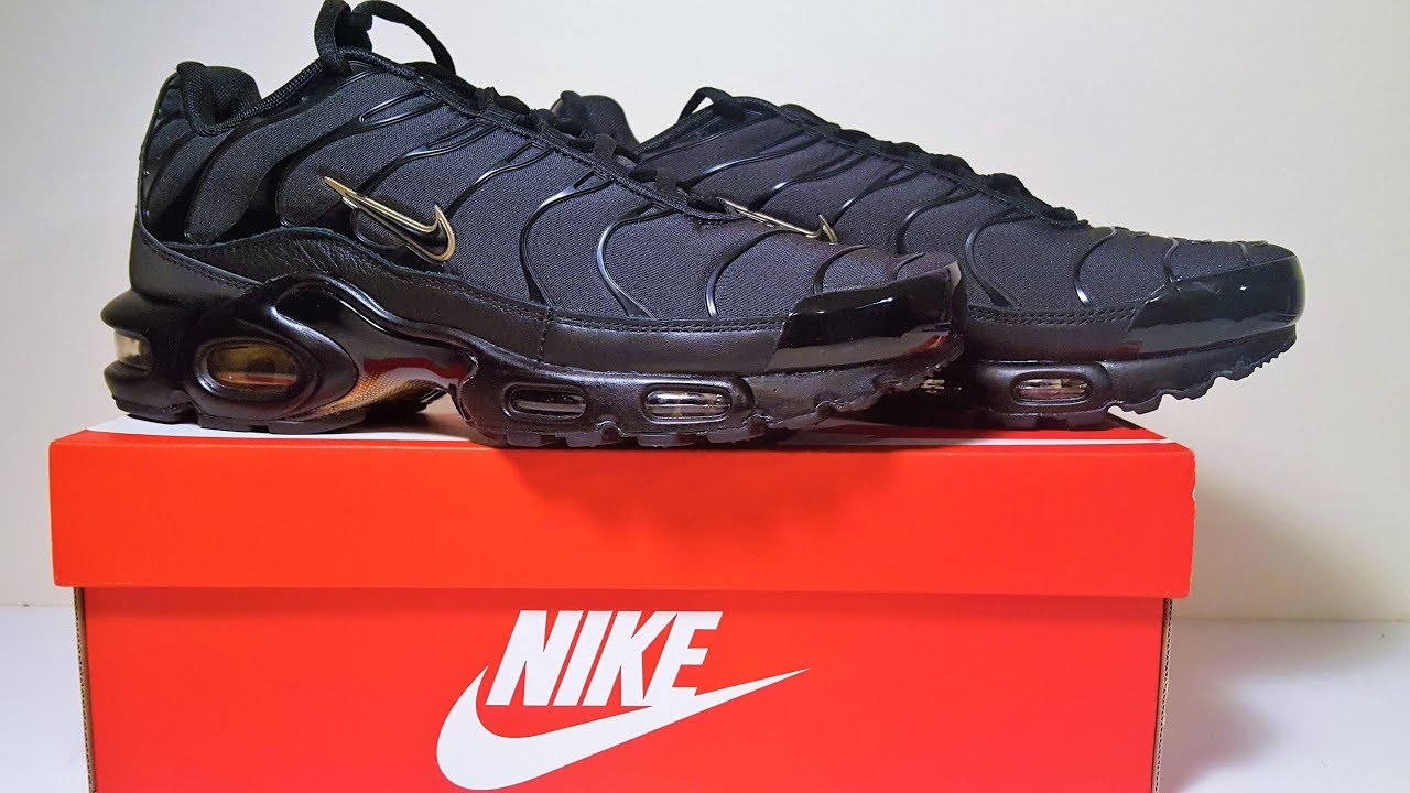 best service 156c3 25d8e Nike Air Max Plus Black Gold Trainers Unboxing and Review