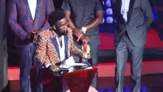 Bisa Kdei receives second award @VGMA 2016