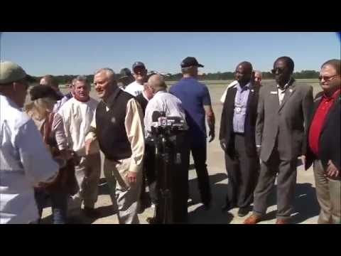 Gov. Nathan Deal visits Brunswick, talks about recovery from Hurricane Matthew