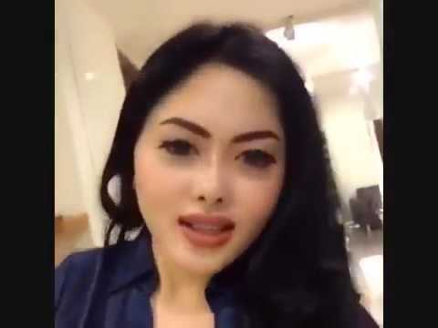 Video Hot Syahrini