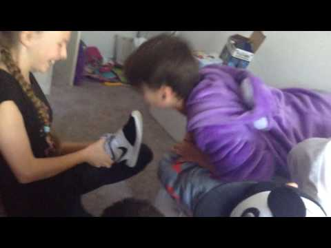 He kissed the shoe!!!!!