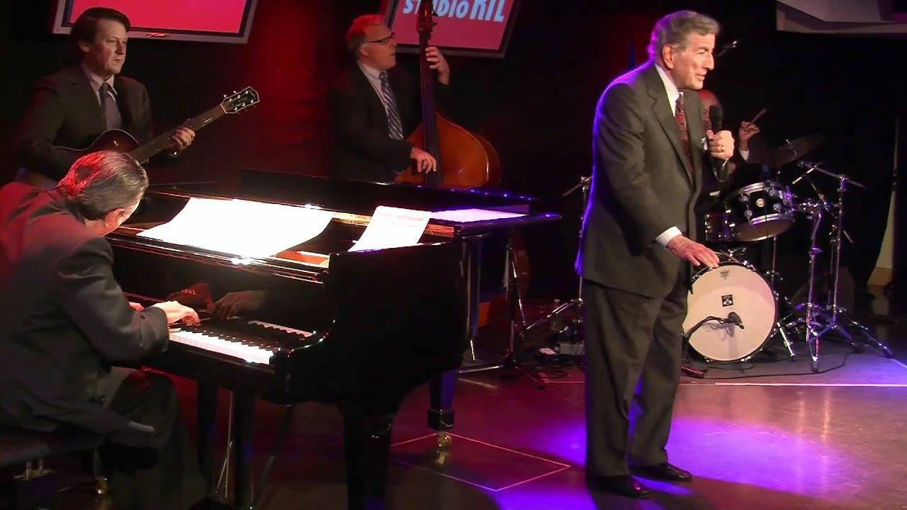 Tony Bennett - The Christmas Song en live sur RTL - RTL - RTL ...