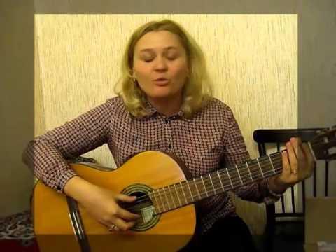 На гитаре играет заочная ученица Виктории Юдиной
