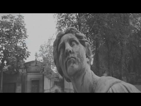 Time lapse video of Paris' famous Père Lachaise cemetery