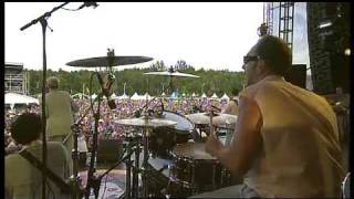 Me First And The Gimme Gimmes - Don't Let The Sun Go Down On Me (Live '09)