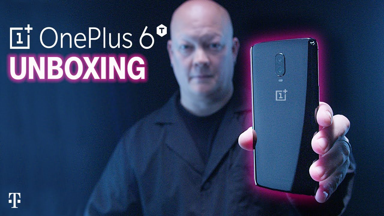 OnePlus 6T Unboxing with Des | T-Mobile