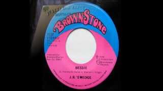 James Brown - Bessie.wmv