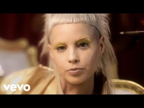 Die Antwoord - Rich Bitch (Official Video)