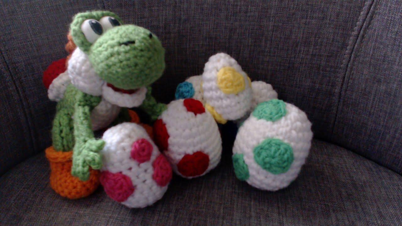 Spotted Yoshi Egg Crochet Tutorial Part 2 - YouTube