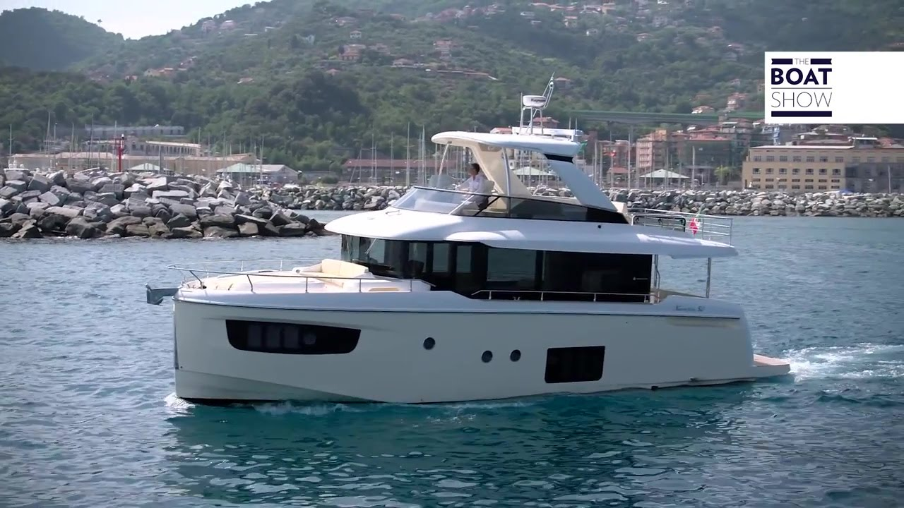 Video ABSOLUTE 52 NAVETTA (ITALIANO)