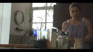 Tamra Davis Cooking Show - Rhubarb Crumble