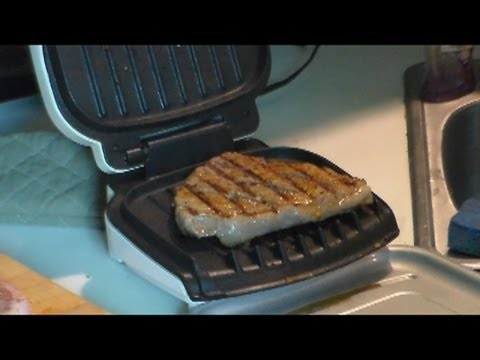 Stereoman Makes Top Sirloin Steak on a George Foreman Grill