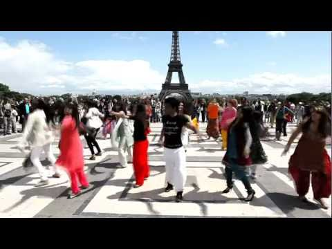 FLASHMOB BOLLYWOOD - 18 JUIN 2011 - PARIS - TROCADERO
