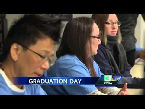 Prison program helps female inmates get good jobs