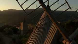 Le Moulin de Cucugnan au lever du jour.