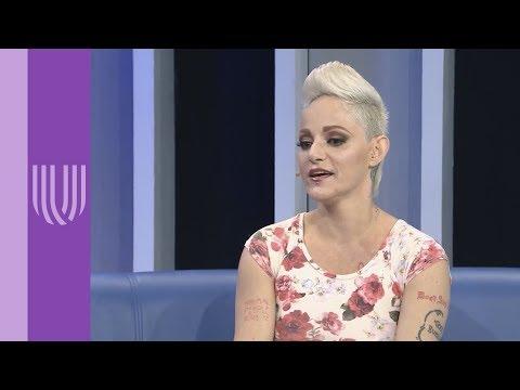 Lola Cortés confiesa que padeció problemas de autoestima | Montse & Joe | Canal U