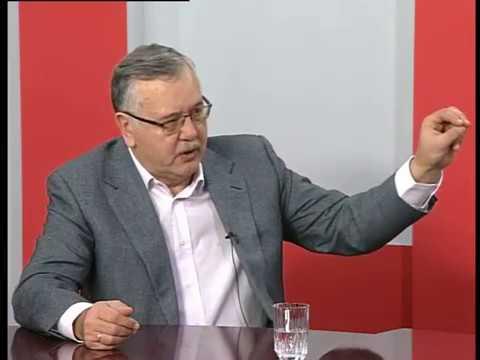 Актуальне інтерв'ю. Про суд над Януковичем і перспективу миротворчої місії на Донбасі