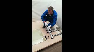 Сборка стеклянного стола производства компании ПРОМСТЕКЛО (Модель Ян 1)