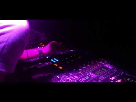 The Resistances @ White hot Music 2010 @ Moron de ...