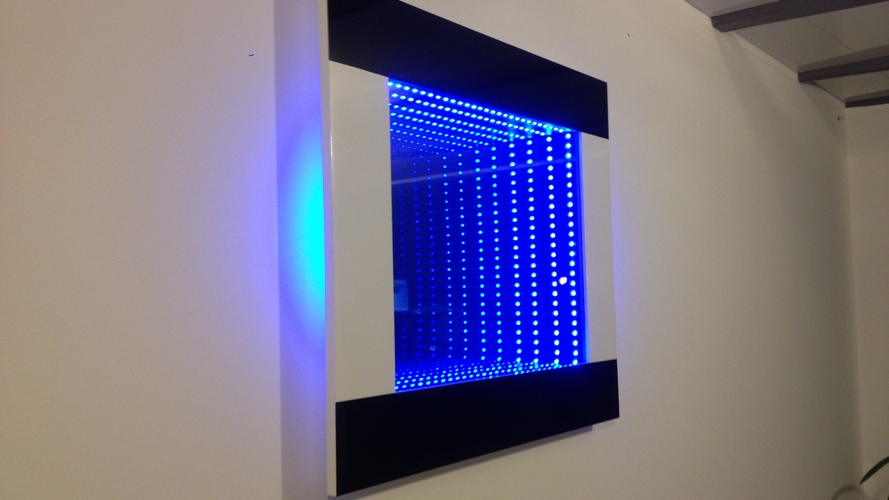 miroir infini led design noir et blanc youtube With miroir led design