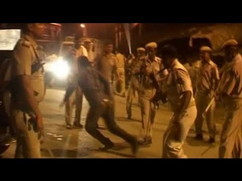 Samajwadi party, congress workers clash in Allahabad; 12 injured in lathicharge