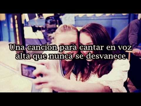 Miley Cyrus ft Emily Osment - Wherever I go (En español)