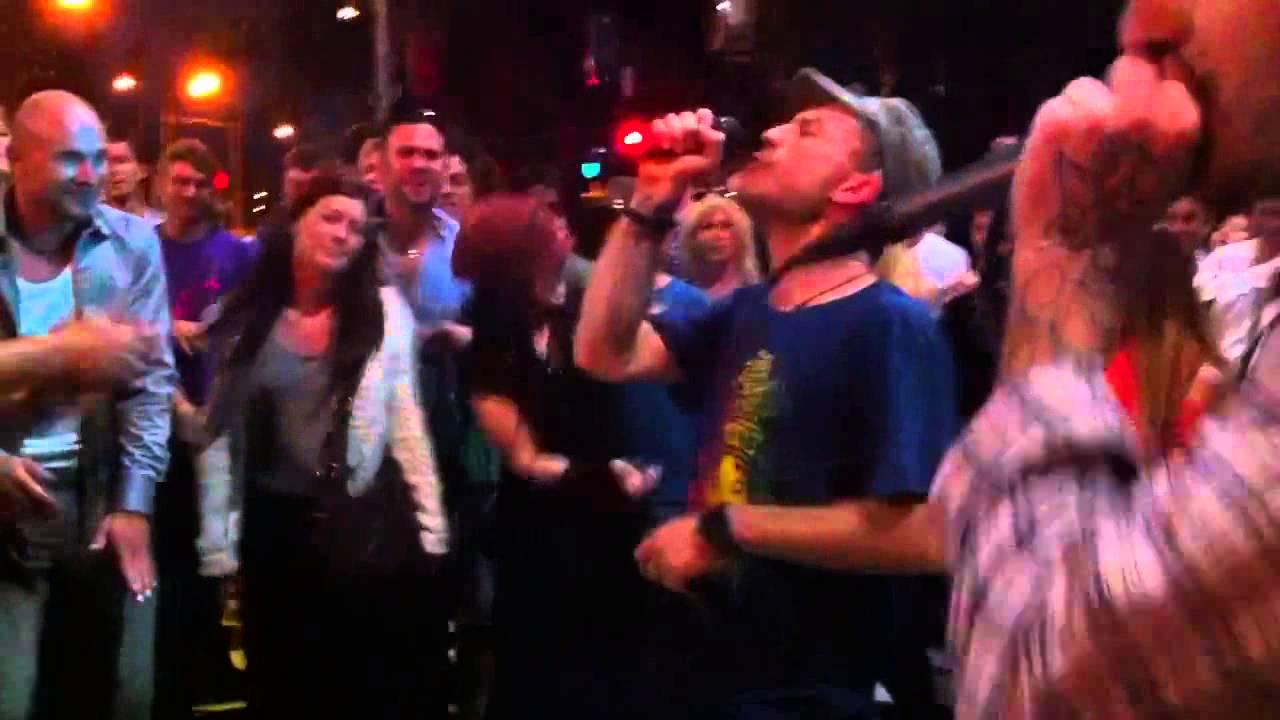Dub FX feat. Cade - St. Kilda Festival 16:02:2012 Round 2!