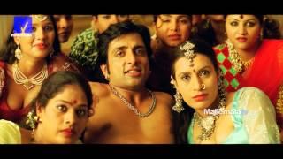 Romantic Bommali scene from Arundathi movie - Anushka, Sonu Sood