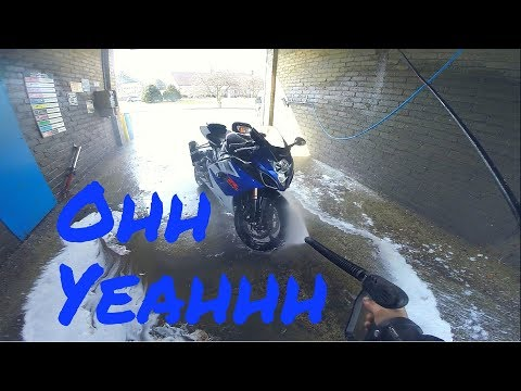 Washing My GSXR 1000