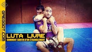 Download Video Comment sortir d'un étranglement - Luta Livre   Grappling   MMA MP3 3GP MP4
