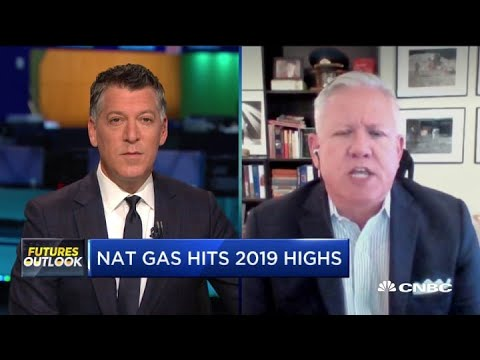 Why natural gas is rallying—And how to play the trade