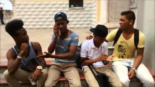 Family Humor- pongame La Cancion Tu Quieres Una Manzana