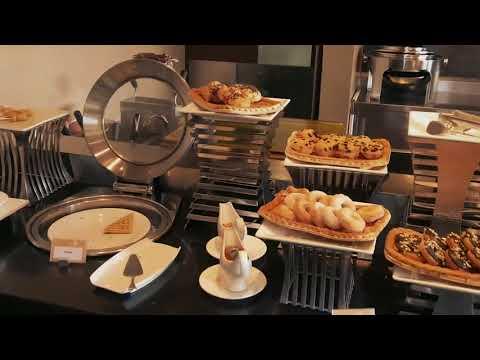 Breakfast At The Square Restaurant Novotel Bandung By Suratmin Bagus Priyo