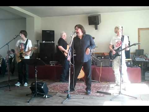Start me up (Rolling Stones) cover by Beggars Banquet