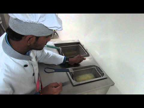 French Fries in Commercial Induction Deep Fat Fryer