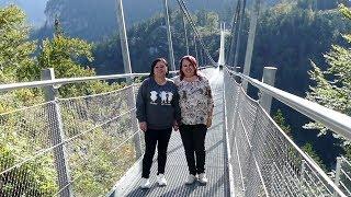 Highline 179 Hängebrücke Reutte mit Schwester 2019 MK