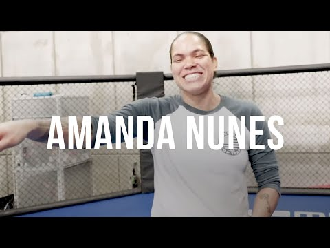 DAN HARDY MEETS AMANDA NUNES & CO