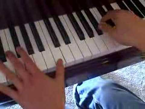 "How to Play ""Love Song"" by Sara Bareilles on the Piano"
