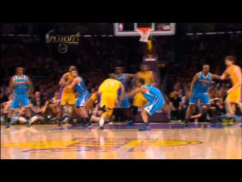 Kobe Bryant Insane Dunk on Emeka Okafor