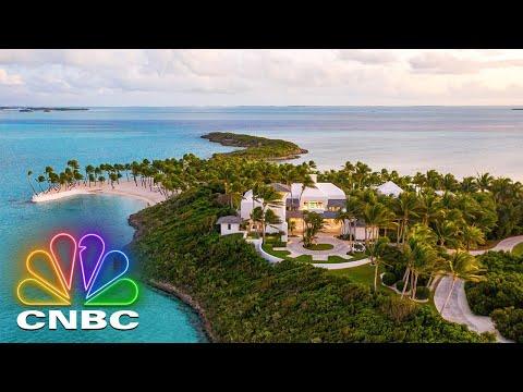 FAITH HILL & TIM MCGRAW'S $35M PRIVATE ISLAND | Secret Lives Of The Super Rich