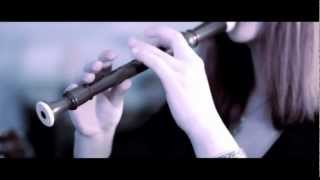 Amazing RECORDER player, so called speed folk...