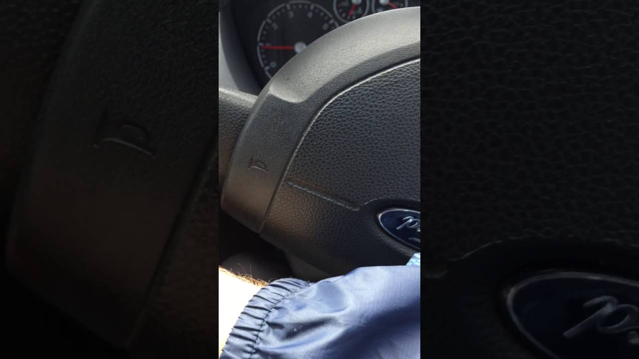 Clunking noise coming from MK6 Fiesta - YouTube