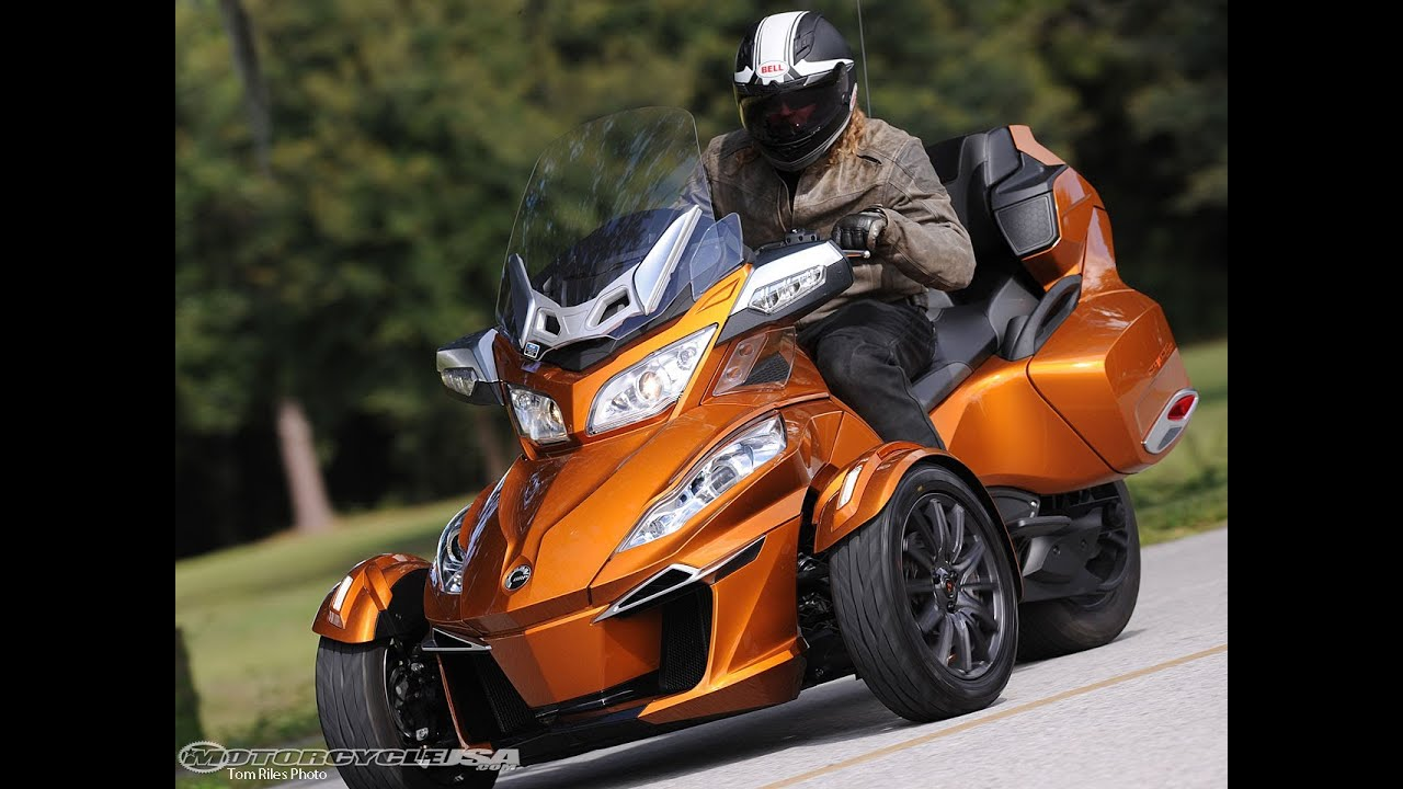 Can Am Spyder Roadster >> 2014 Can Am Spyder Roadster Rt First Ride Motousa Youtube