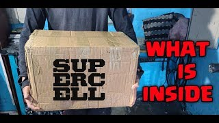 SURPRISE BOX FORM SUPERCELL WHAT IS INSIDE? CLASH OF CLANS