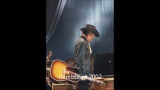 Video Singing to Guthrie - BD | Wembley 2000 download MP3, 3GP, MP4, WEBM, AVI, FLV Juli 2018